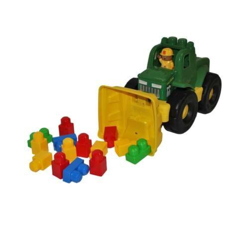 Homokozós traktor, elöl markoló szerkezet, figurával, maxi építő kockával, 15 darabos, 40 cm